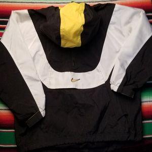 Vintage Nike Windbreaker With hod